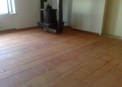 pulizia pavimento cotto